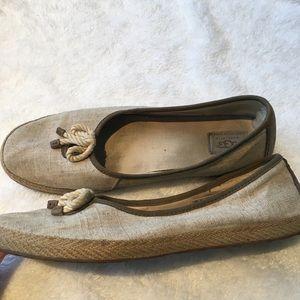 Ugg flats shoes beige sz 12